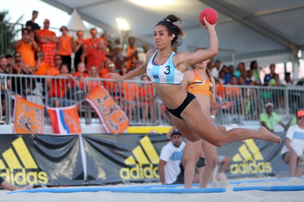Las Nueve Jugadoras Argentinas De Beach Handball Para Los Juegos
